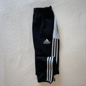 Adidas youth L black and white climate sweatpants